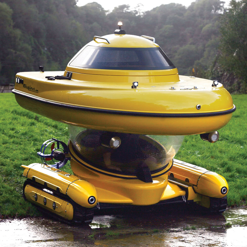 electric rc truck with Hibious Sub Surface Watercraft on Watch likewise Swincar E Spider Atv furthermore 161620846739 further Rc4wd Earth Digger 4200xl moreover Watch.