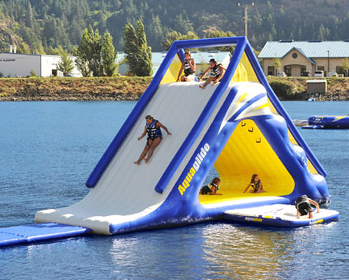 Aquaglide Summit Express 16 Gigantic Inflatable Water