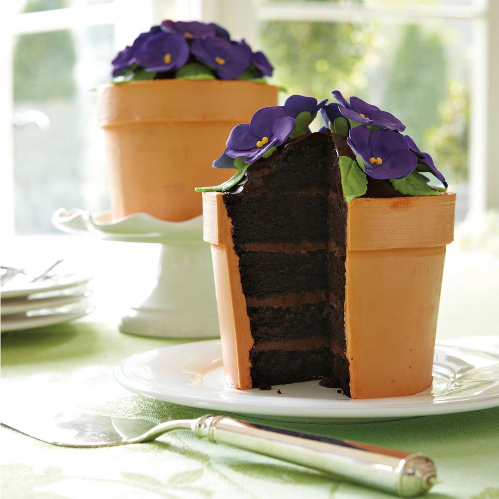 сделать реальностью торт горшочек с фиалками фото сделали