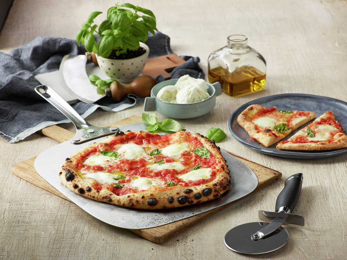 Breville Pizzaiolo Smart Pizza Oven Reaches Temps Up To