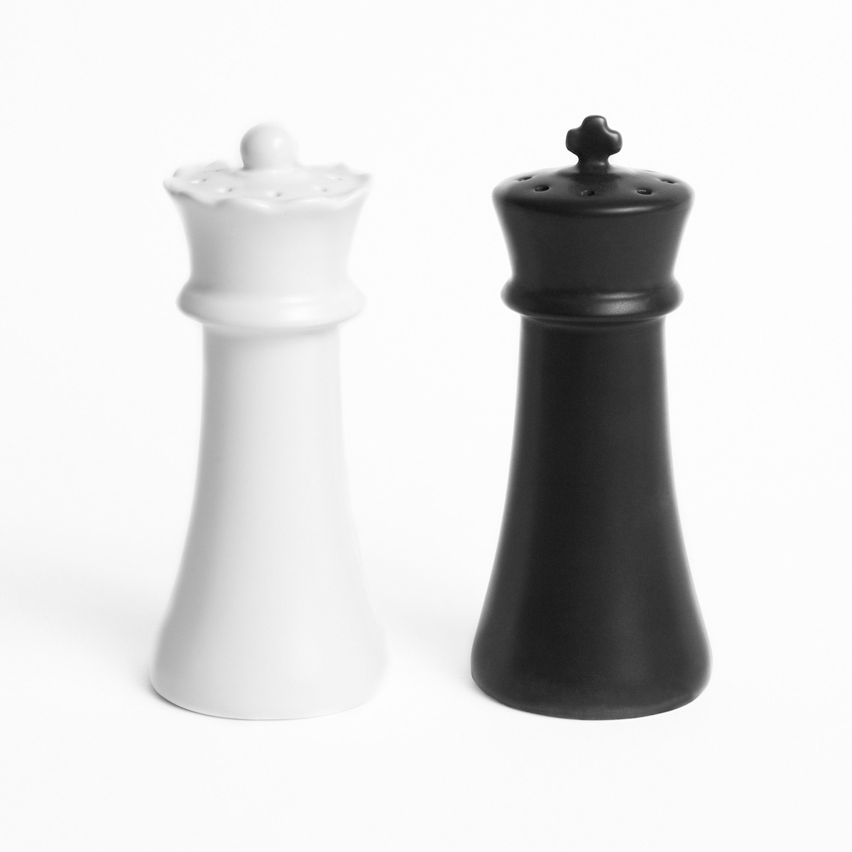 checkmates salt and pepper shakers the green head. Black Bedroom Furniture Sets. Home Design Ideas