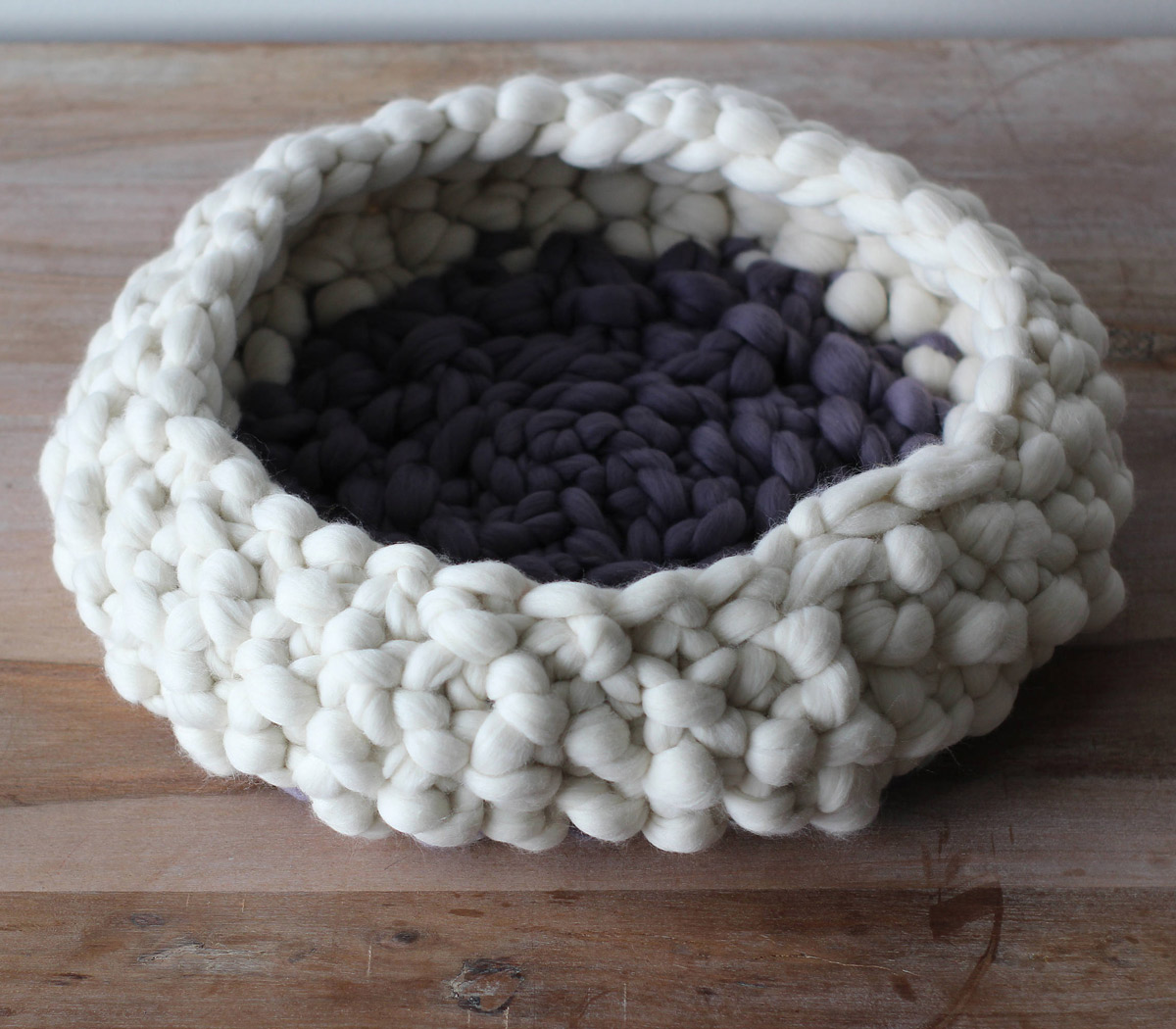 Chunky Knit Cat Bed