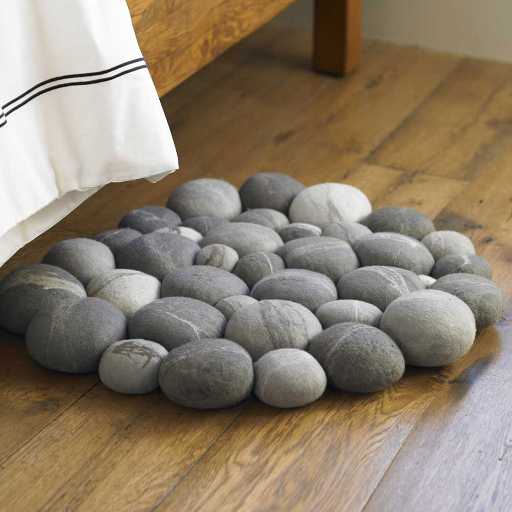 Clustered Felted Stone Mat - The Green Head