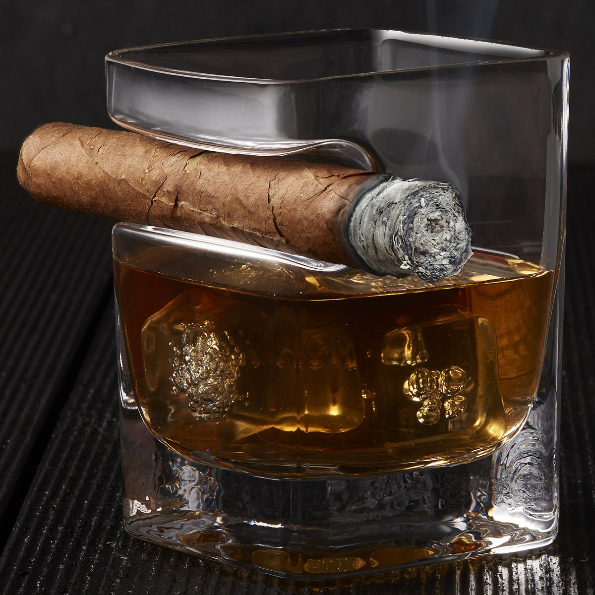 Corkcicle Cigar Glass Whiskey Glass With Cigar Holder