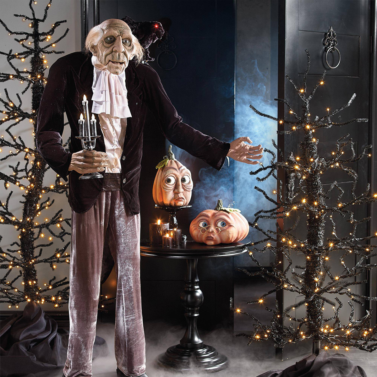 Moving Halloween Decorations: Creepy Moving Halloween Trees