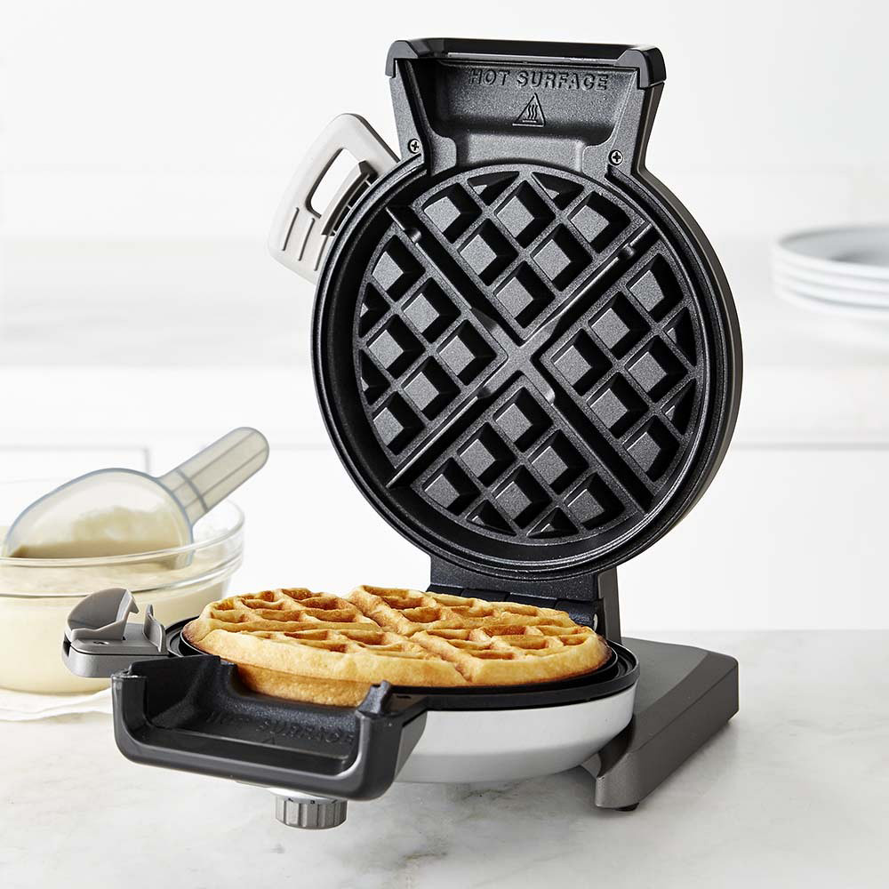 Will It Waffle?: 53 Irresistible and Unexpected Recipes to Make in a Waffle Iron [Daniel Shumski] on submafusro.ml *FREE* shipping on qualifying offers. How many great ideas begin with a nagging thought in the middle of the night that should disappear by morning.