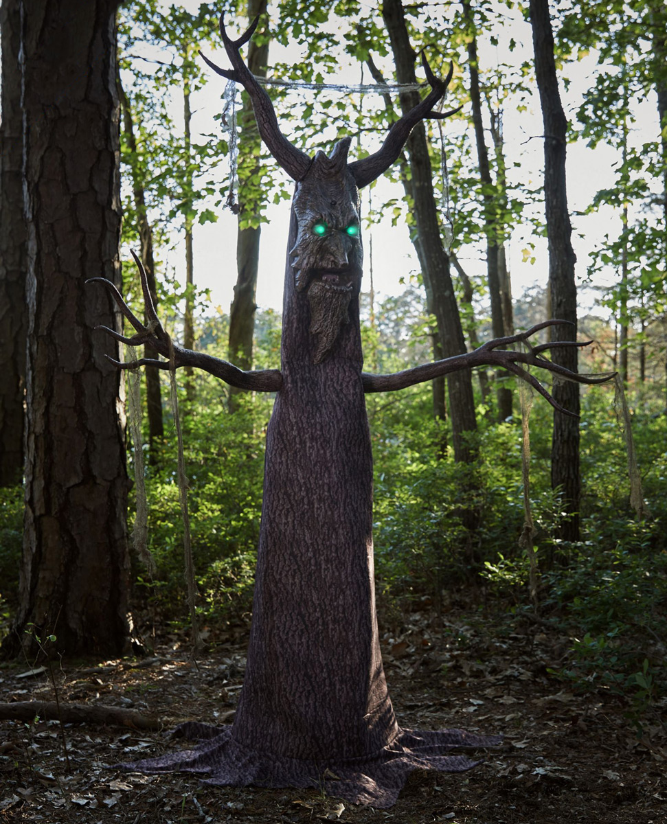 Deadly Roots Giant Animatronic Haunted Tree
