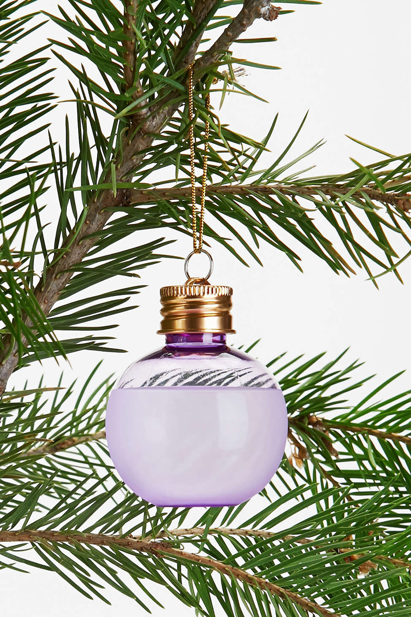 Decorative Ornament Flasks Shot Glasses The Green Head