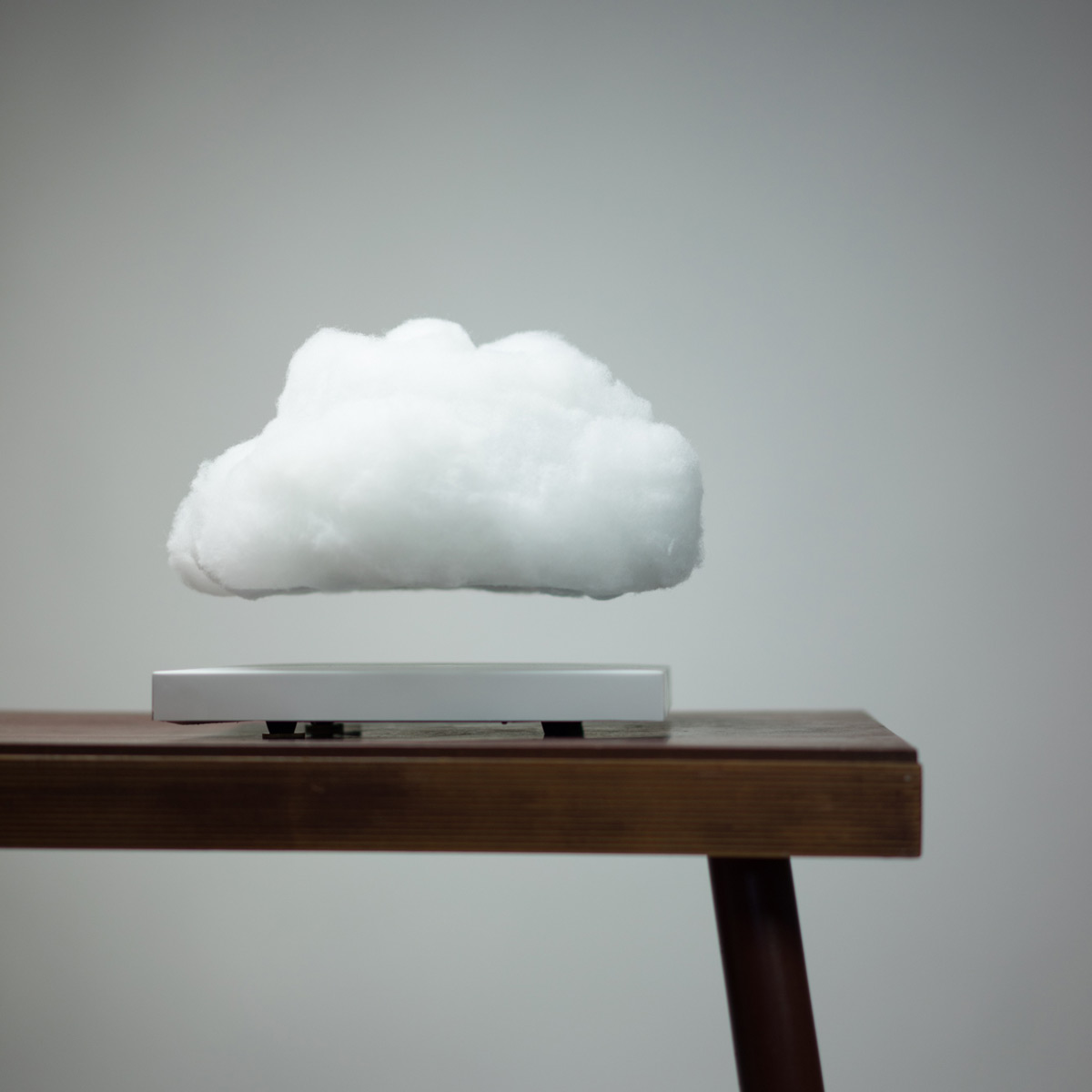 Floating Cloud Magnetically Levitating Cloud Lamp