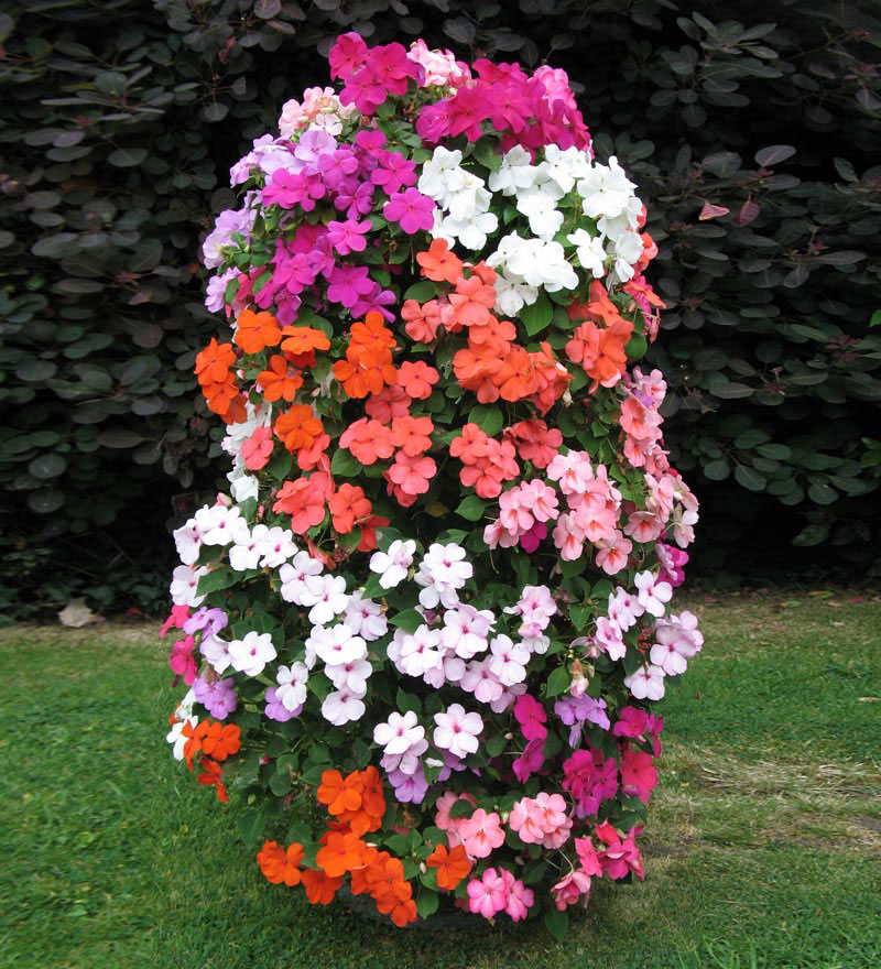 flower tower freestanding vertical planter the green head