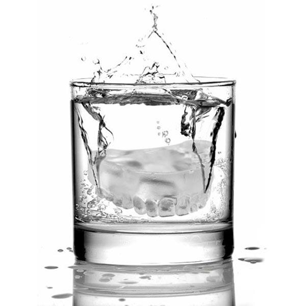 آب یخ نخورید!!!www.shivaazimi-health.blogfa.com