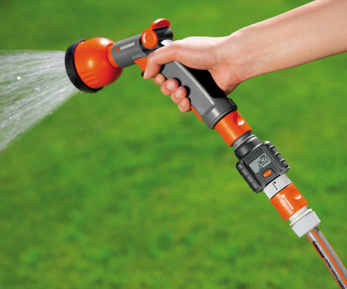 Water Flow Meter : Gardena garden hose water flow meter the green head