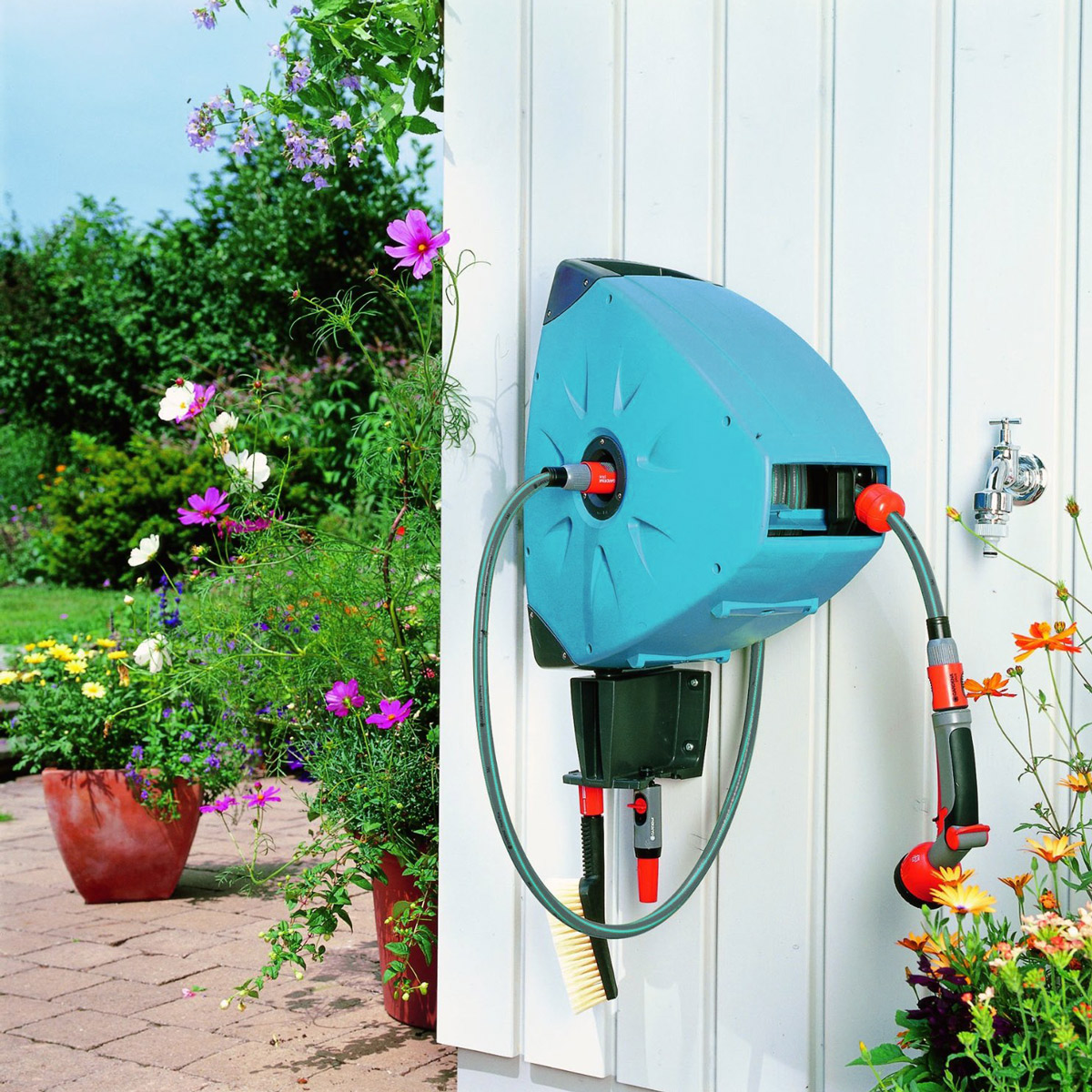 Gardena Wall Mounted Automatic Retractable Hose Reel The Green Head