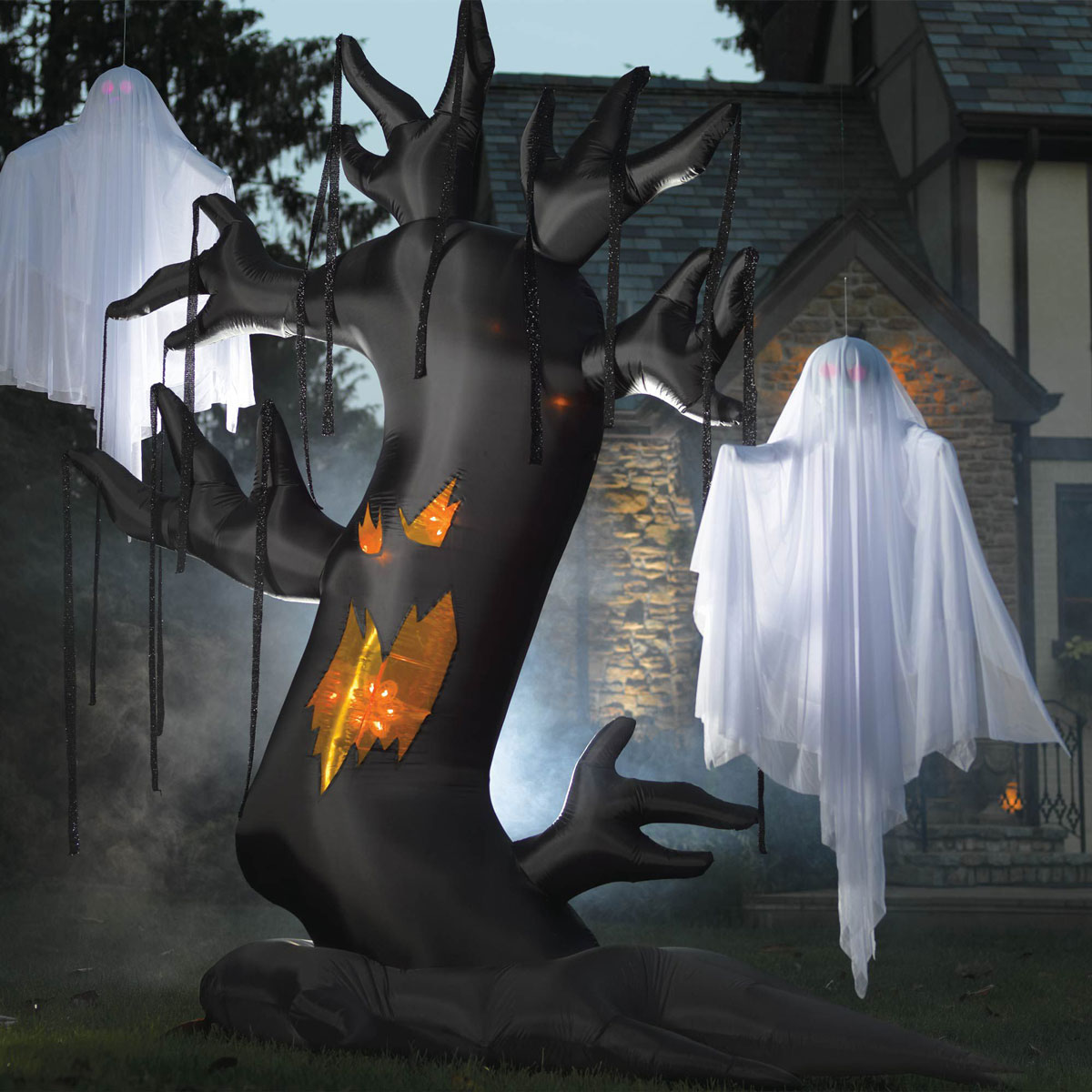 Outdoor halloween decorations for trees - Giant Inflatable Spooky Tree