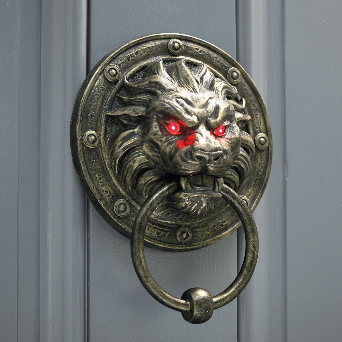 Gothic Decorating Ideas Creepy Lion Door Knocker With Glowing Eyes The Green Head