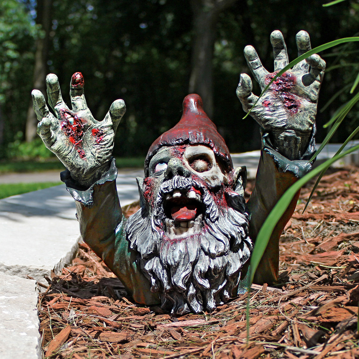 gnombie undead zombie garden gnome the green head. Black Bedroom Furniture Sets. Home Design Ideas