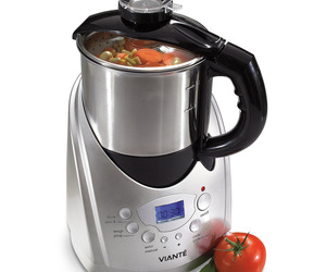 All-in-One Hot Soup Maker
