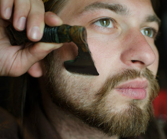 Axe Straight Razor - Shave Like a Warrior!