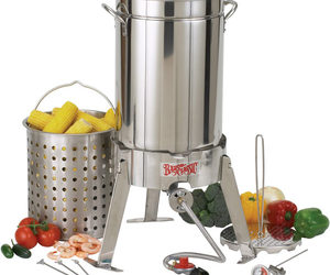 Deep Fry a Turkey - Bayou Classic Turkey Fryer Kit
