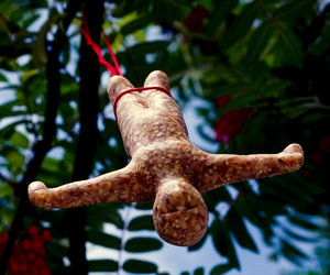 Bungee Bird Feeder - Bungee Jumping Man Made From Bird Food