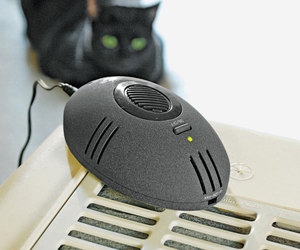 CatMouse - Electronic Litter Box Deodorizer