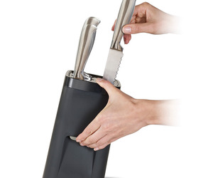 Childproof Self-Locking Universal Knife Block