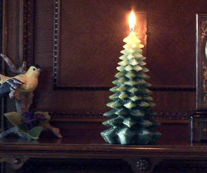 Chunky Christmas Tree Candle