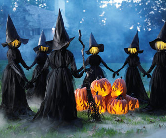 Creepy Illuminated Halloween Yard Witches