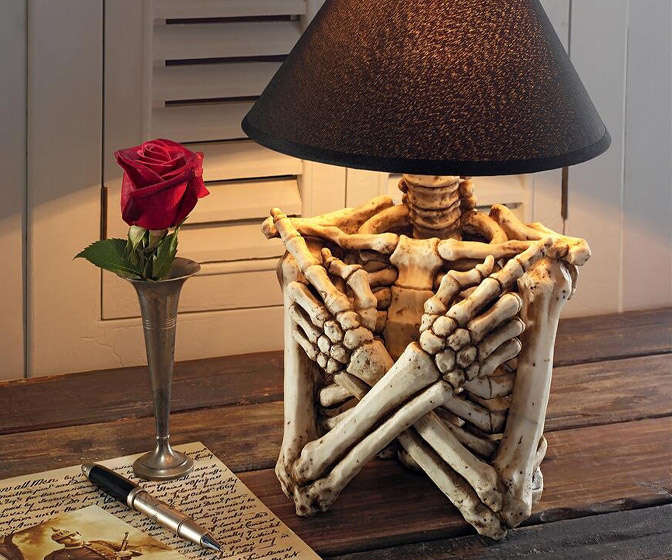 Creepy Skeleton Torso Table Lamp