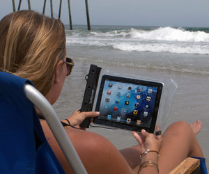 DryCase - Waterproof Vacuum Seal Tablet and eReader Case