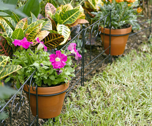Flower Pot Holder Garden Edging