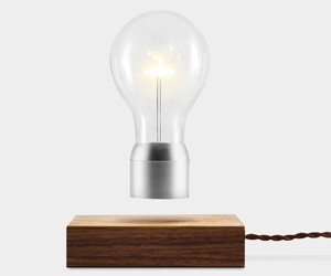 FLYTE - Levitating Light Bulb