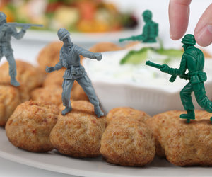 Food Fighters - Plastic Army Men Party Picks