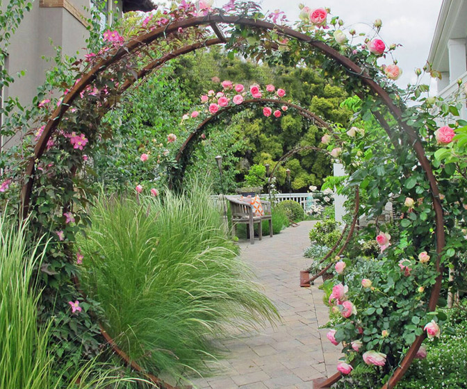 Giant Moon Gate Garden Arch