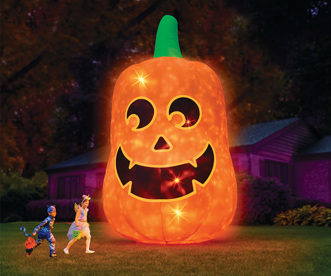 Gigantic 16 Foot Tall Inflatable Jack O' Lantern