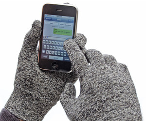 Glider Gloves - Entire Hand TouchScreen Gloves