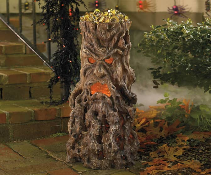 Haunted Tree Stump Candy Stand