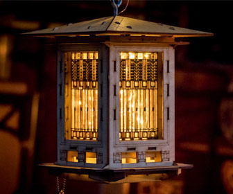 Illuminated Craftsman Style Wooden Bird Feeder