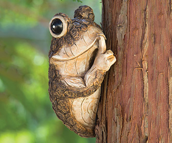 Keep Quiet Tree Frog Peeker Sculpture