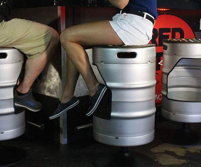 KegStool - Swivel Bar Stool Made From an Upcycled Keg