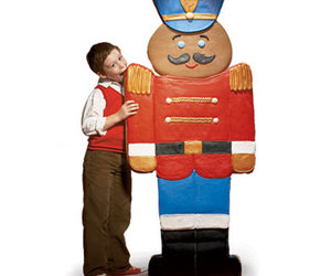 Lifesize Edible Gingerbread Man Cookie - 5 Feet Tall!
