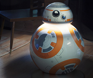 Lifesize Star Wars BB-8 Aluminum LED Floor Lamp / Droid