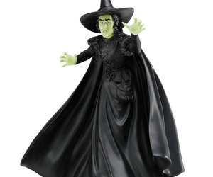 Lifesize Talking Wicked Witch Of The West Statue