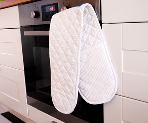 Magnotag Magnetic Oven Mitts