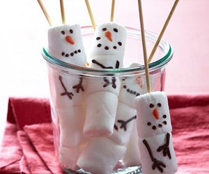 Marshmallow Snowmen on Sticks