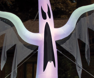 Massive 15 Foot Tall Inflatable Ghost