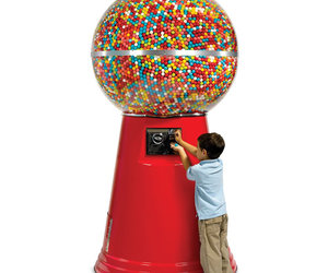 Massive 7' Gumball Machine - 14,450 Gumballs