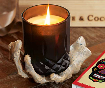 Midnight Noir - Skeleton Hand Candle Set