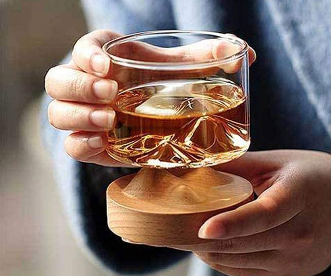 Mountain Peak Whiskey Glass With Wooden Base