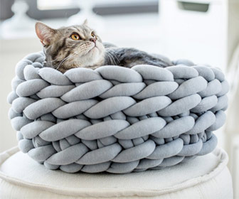 Ohhio Chunky Braid Cat Bed